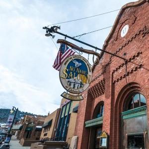 ski town dive bars